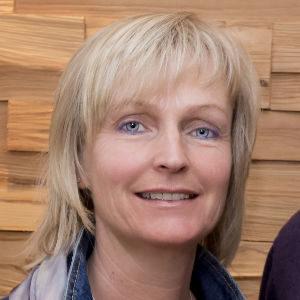 Renate-Zehentmayer-loigom-hoit-zomm